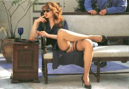 Upskirt Sey Legs Skirt