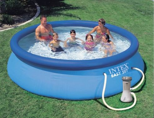 Een zwembad van intex of speedy pool speelgoed tips 2018 for Intex zwembad verkooppunten
