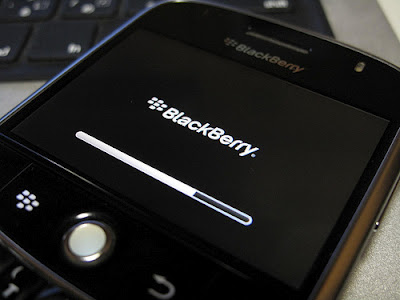Cara Memperbaiki Blackberry Yang hang