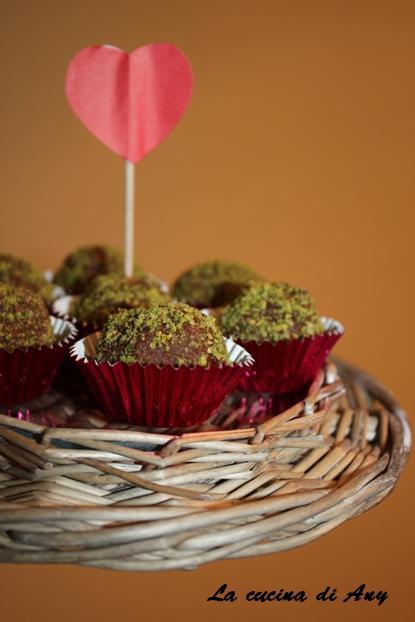bilute cu amaretti, biscuiti si ciocolata - palline di amaretti, biscotti e cioccolato