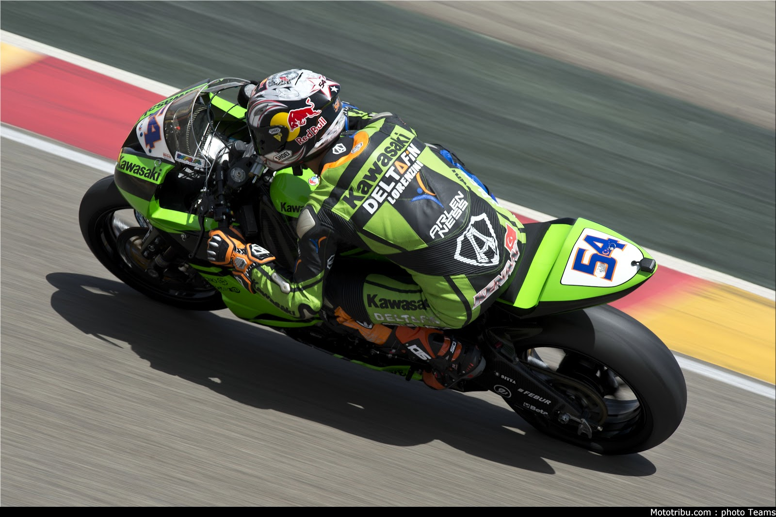 Racing Caf    Kenan Sofuoglu World Supersport Champion 2012