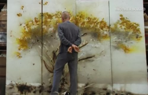 Teknik melukis dengan bubuk mesiu