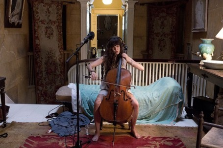 Cosa fare a Milano gratis nel weekend: The Visitors installazioni video di Ragnar Kjartansson