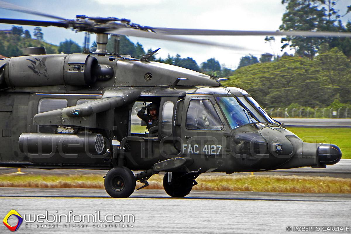 FAC4127 Helicoptero AH-60 Arpía III de la Fuerza Aérea Colombiana.