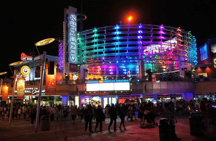 CityWalk Orlando A Noite