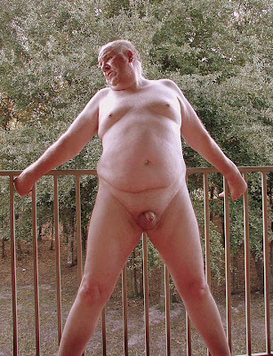 outdoorsman07012012_18 Chubby Sexy Guys Outdoors with their Cocks Hanging Out