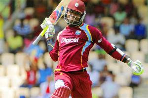 Marlon scored his 5th Century in ODI career while 2nd against Pakistan