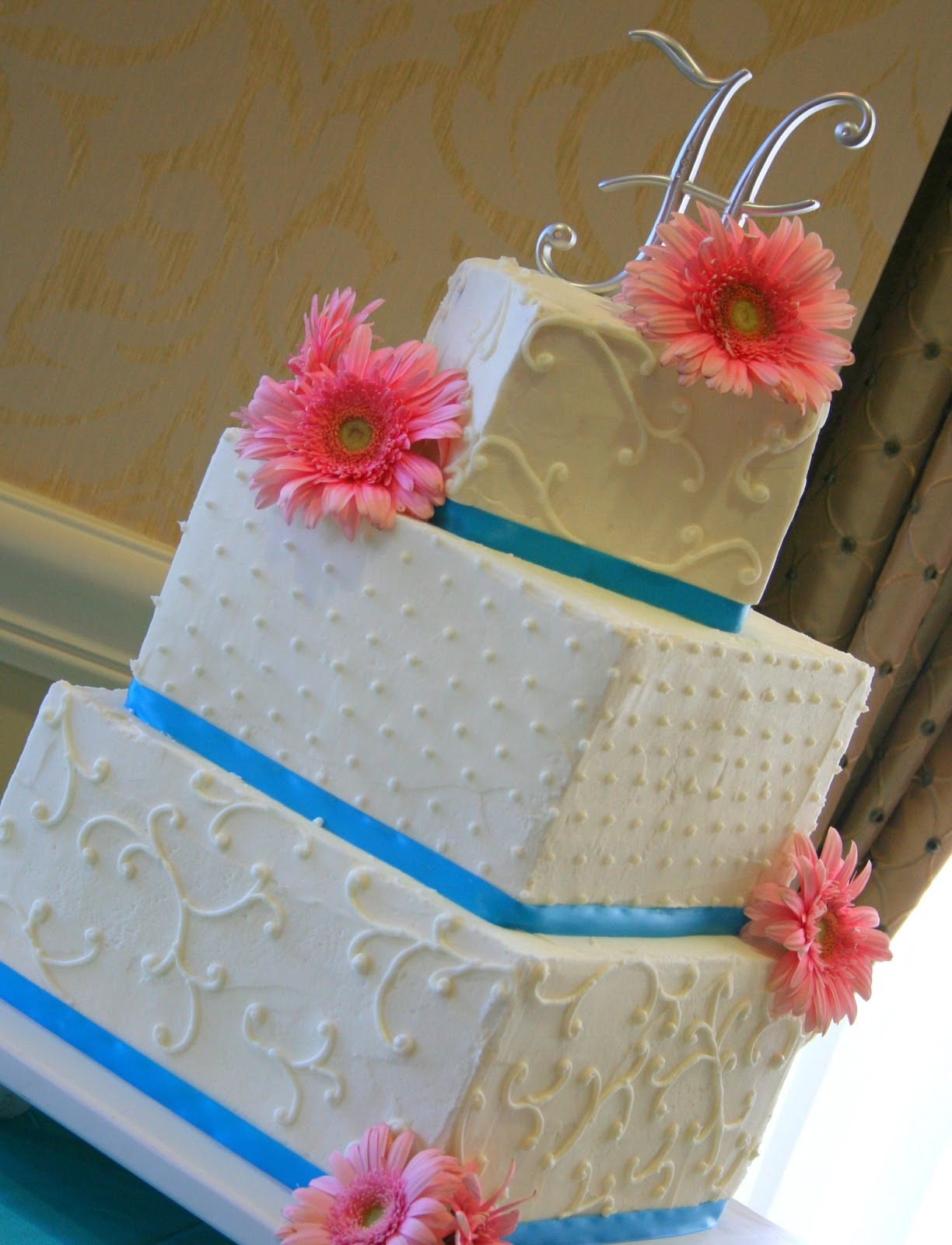 The Cake Cottage Gerber Daisies Wedding