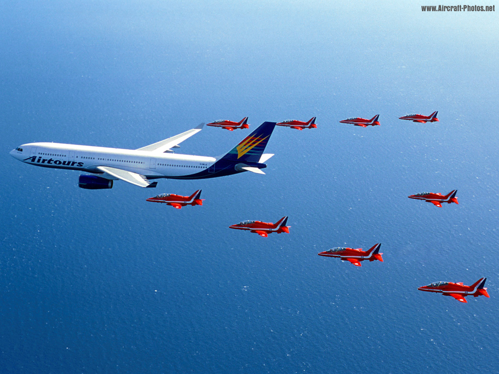 http://4.bp.blogspot.com/-BG3KLA9aGQg/Tk1sr5JOmnI/AAAAAAAABjc/gDYi_cOin0A/s1600/Redarrows_Airbus_Airtours.jpg