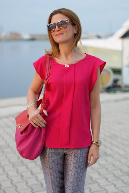 Zara fuchsia top, Onecklace name necklace, Fashion and Cookies