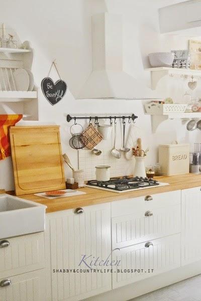 La mia cucina adesso che è primavera- - shabby&countrylife.blogspot.it