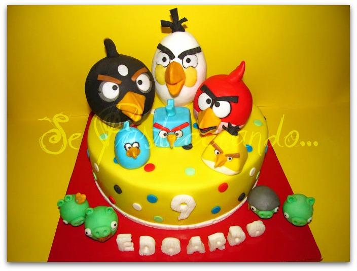 Se pasticciando angry birds cake