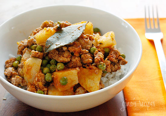 Ground Turkey with Potatoes and Spring Peas | Skinnytaste