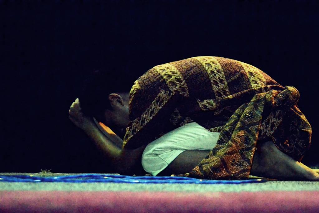 Jaka Tarub yang sedih ditinggal Wulan