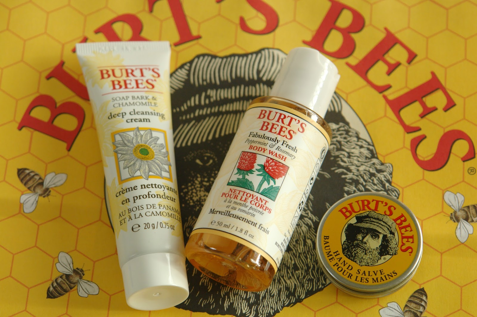 Burt's Bees mini reviews, Burt's Bees Soap Bark & Chamomile Deep Cleansing Cream, Burt's Bees Fabulously Fresh Peppermint & Rosemary Body Wash, Burt's Bees Hand Salve, blogger, review, Burt's Bees 'Hive' pop up store in Seven Dials