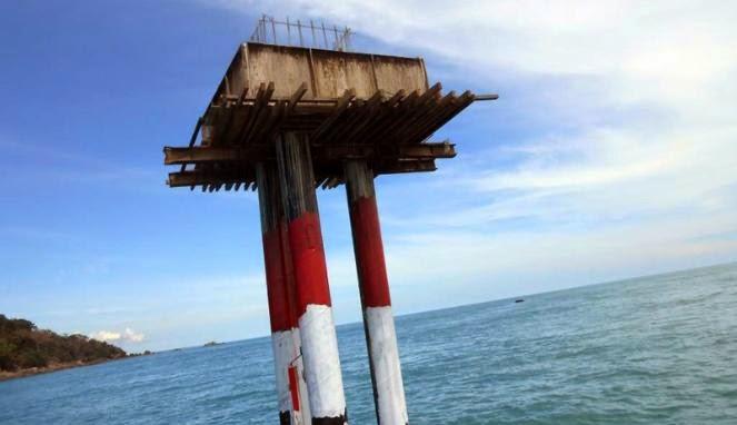 TNI AL: Menara Suar di Tanjung Datuk Telah Dibongkar