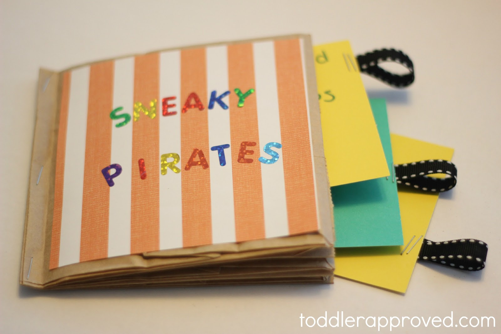 http://4.bp.blogspot.com/-BHWJHdRqDYA/T6i3UJwxNoI/AAAAAAAA-lE/AP2bJPty7Zw/s1600/sneaky+pirates.jpg