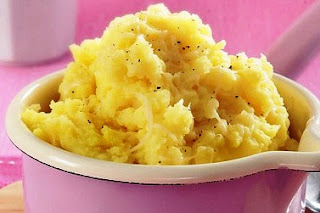 Picture of Mustard mash Potato on pink bowl