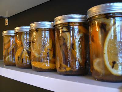 mylittlehousedesign.com DIY citrus and cinnamon stovetop scent