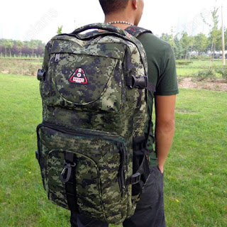 65L Mens Rucksacks Outdoor Camping Bag Military Camo Backpack Hiking Trekking