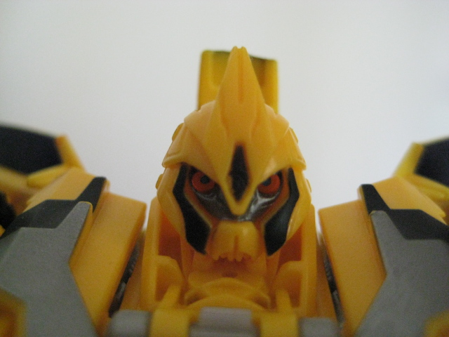Bumblebee Also Sports A New Head Sculpt And Not Very Coincidentally It Bears More Than Slight Resemblance To His Previous