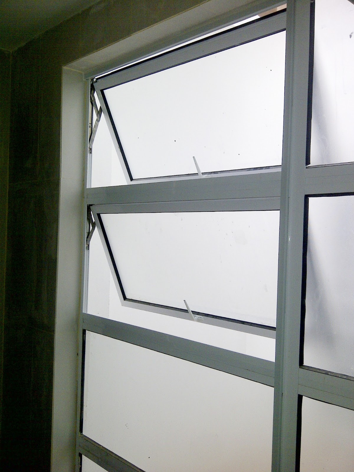 Magnetic Protective Screen Mosquito Net In Miri