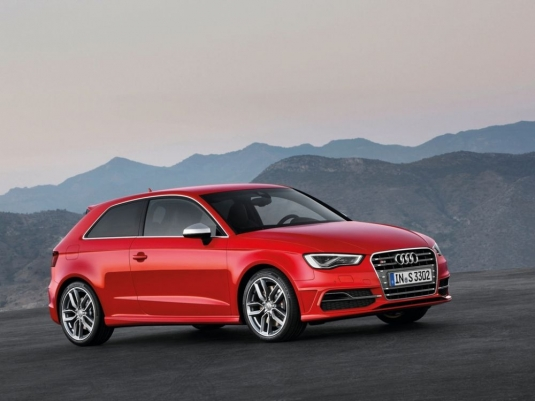 Side picture of new Audi S3