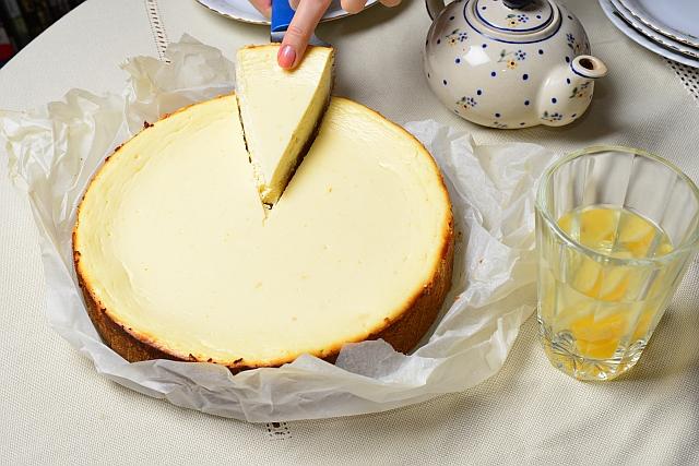 Sernik nowojorski - przepis na klasyczny smak gotowe ciasto