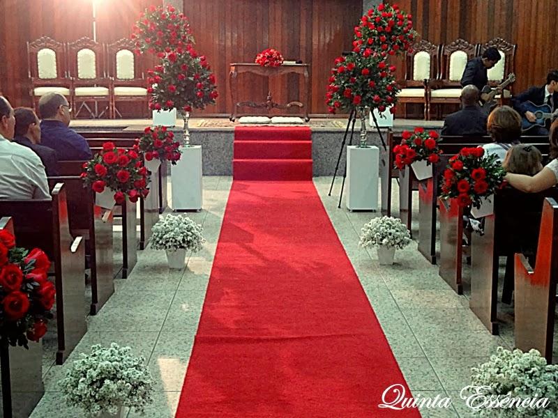 decoracao casamento branco e vermelho:Casamento de Mary & Isaac – Cerimonial e Decoração Quinta essência