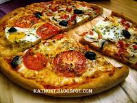 http://katmont.blogspot.fr/2013/11/massa-de-pizza-caseira-pate-pizza.html