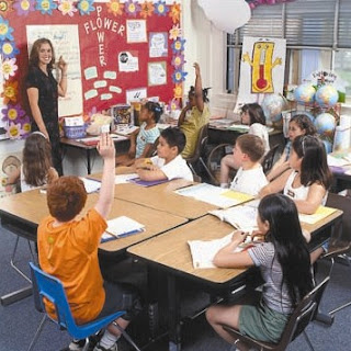 http://westorlandonews.com/2011/04/25/budget-woes-force-lake-county-schools-to-4-day-workweek/