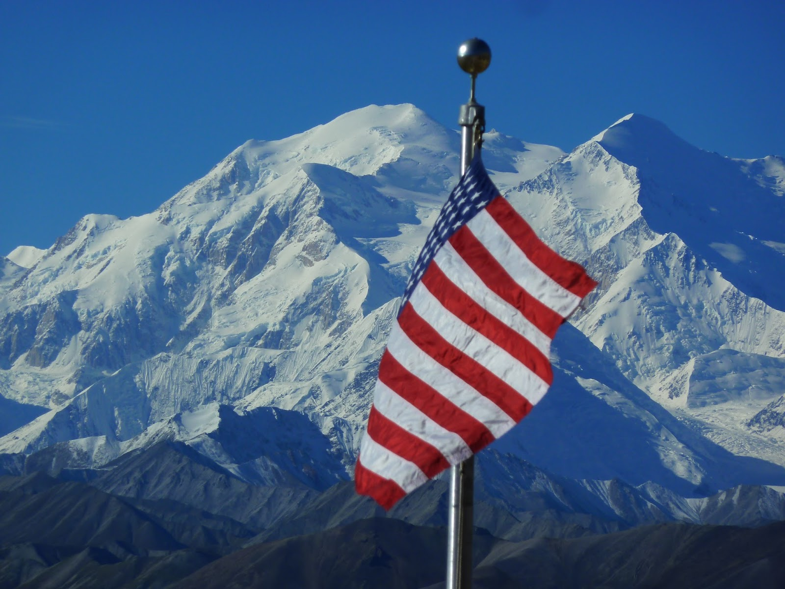 mt mckinley from the eielson visitors center