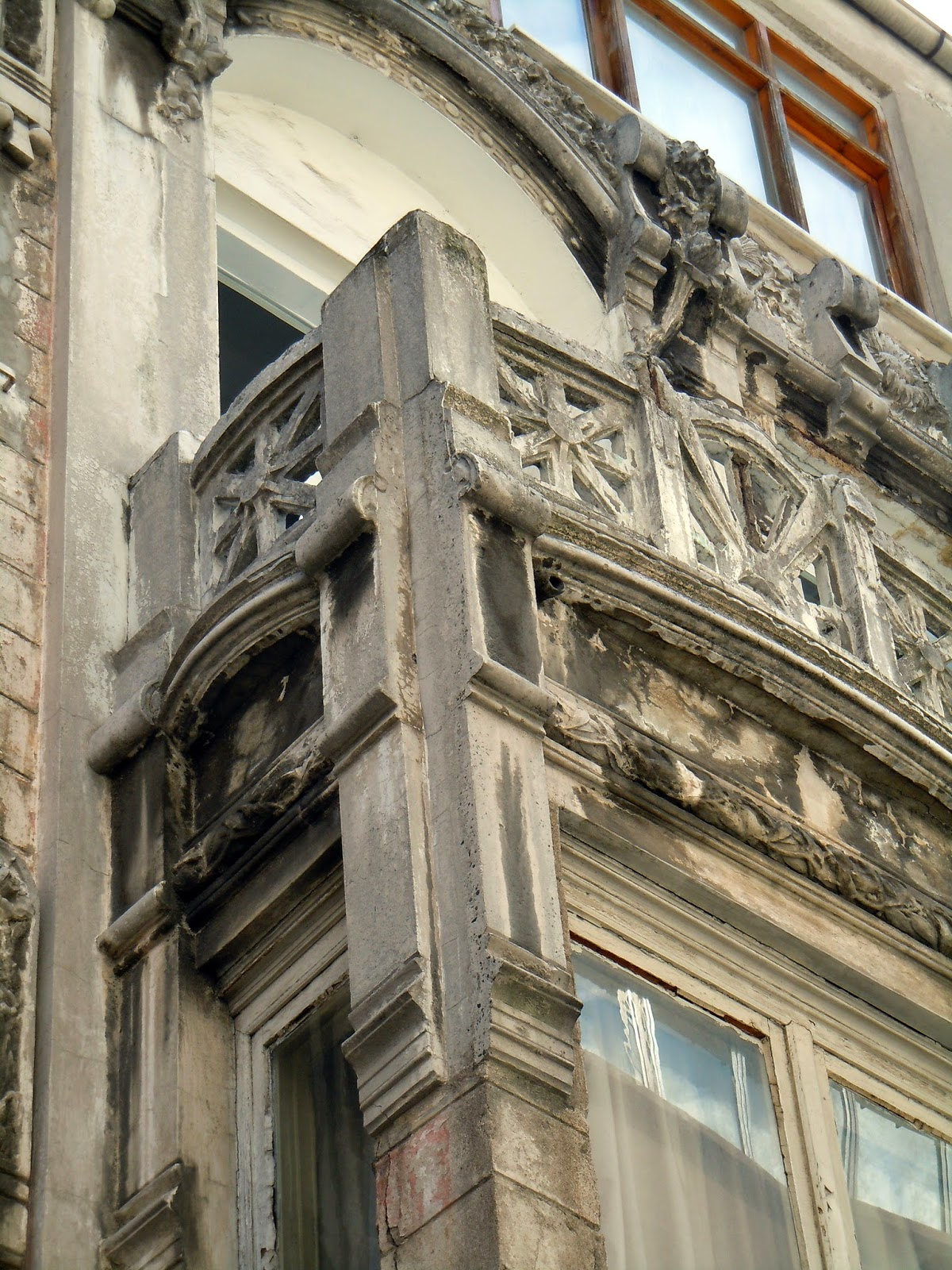 Etc un petit maison de l 39 art nouveau istanbul m h rdar - Maison de l art nouveau ...