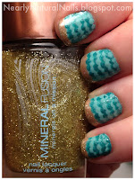 Lazy Days of Summer Nail Challenge, Zoya Zuza, Beach Themed nail art, No-Miss Gainsville green, Mineral Fusion nail polish Glimmer, Peace-Keeper nail polish Paint me Patient, golden glitter sands, teal waves, wave mani, dotting tool wave technique, big 3 toxin free, big 5 toxin free