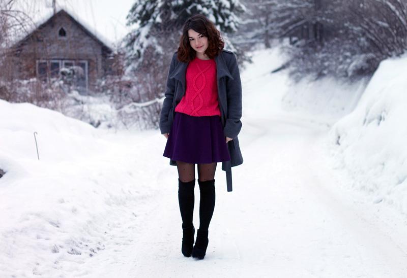 sweter malinowy