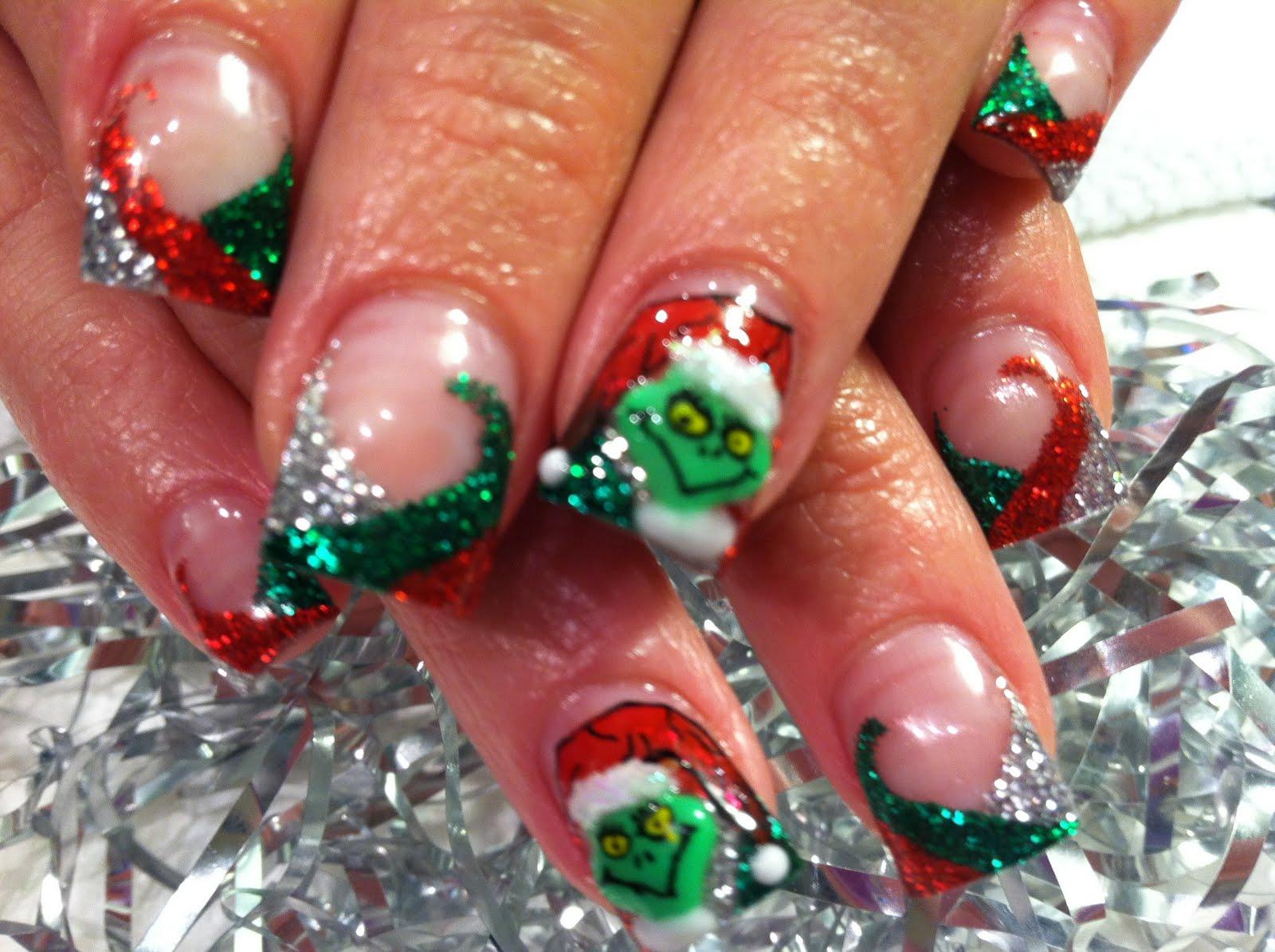 Nail Art Untraditional Christmas Nail Art