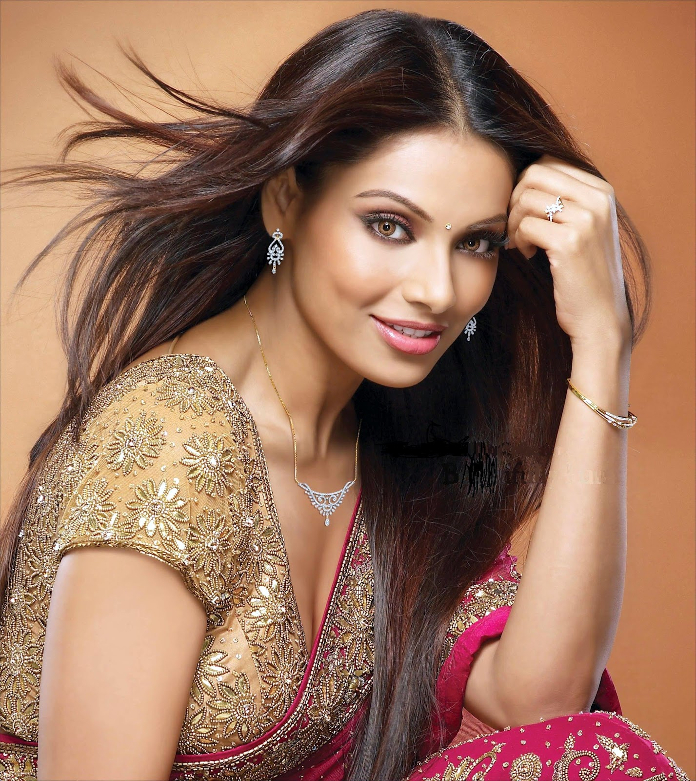 bipasha basu 2018 worth – countrybaptist