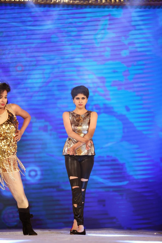 Naveena glamorous photos-HQ-Photo-15
