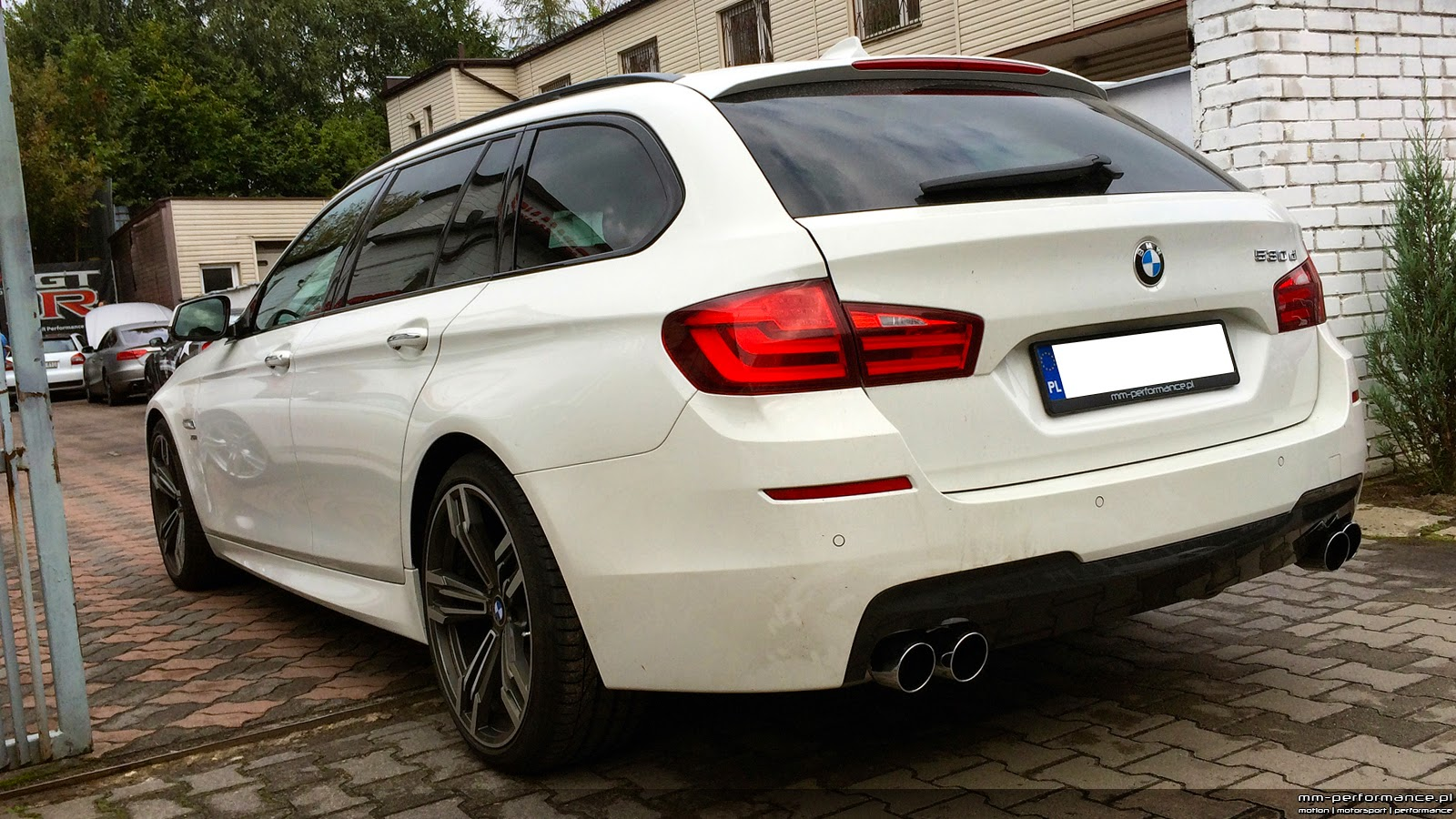 bmw 530d xdrive f11 wagon eisenmann hartge mm. Black Bedroom Furniture Sets. Home Design Ideas