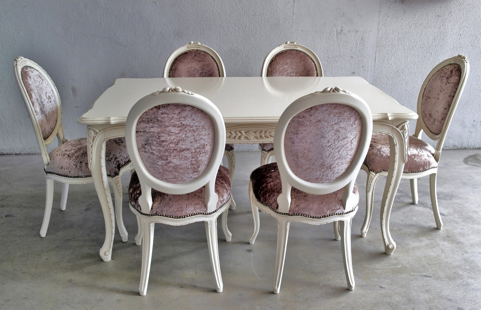 French dining table and chairs - French Dining Table In Ivory Finish And Soft Champange Upholstery