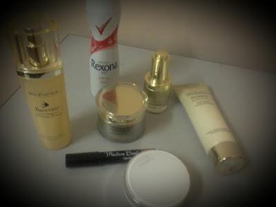 Produk berkesan hilangkan bau badan dengan Rexona Freshprotect