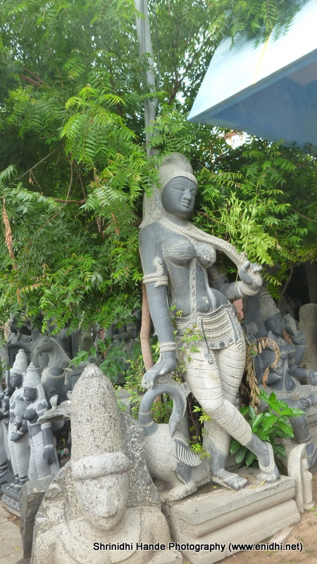 Mahabalipuram beautiful stone sculptures enidhi india