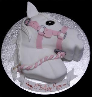 White Horse Cake