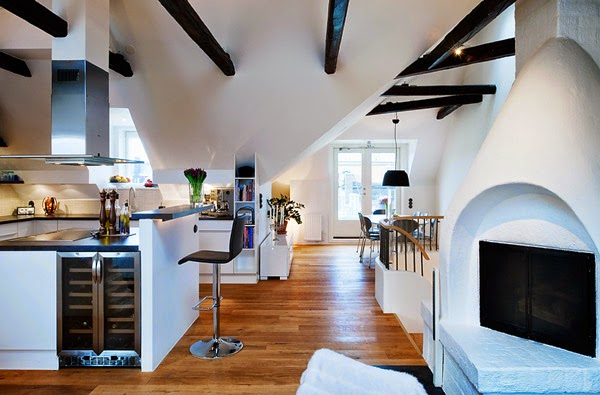 Here, The Beams Were Painted Black To Bring Attention To Them, And How Much  More Interesting Does This Look Corona Del Mar, California!? There Are So  Many ...