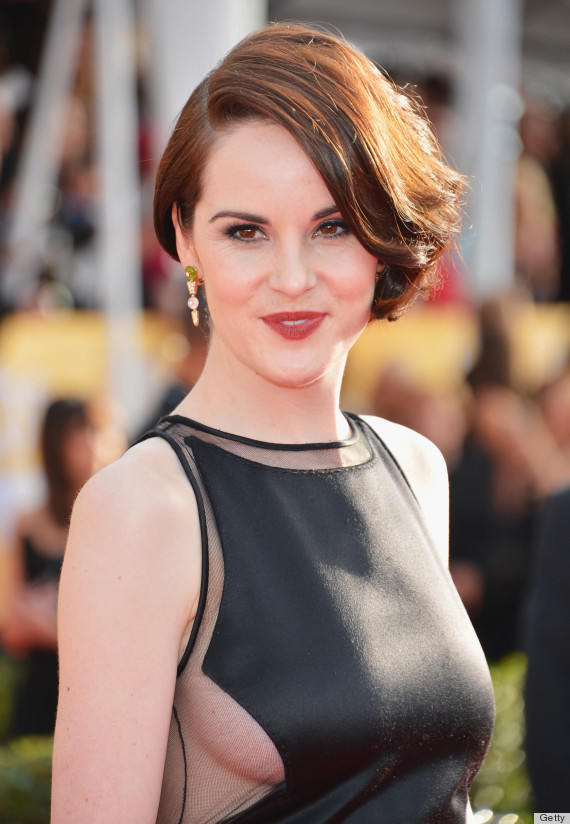 Michelle Dockery Shows Side Boob At Sag Awards