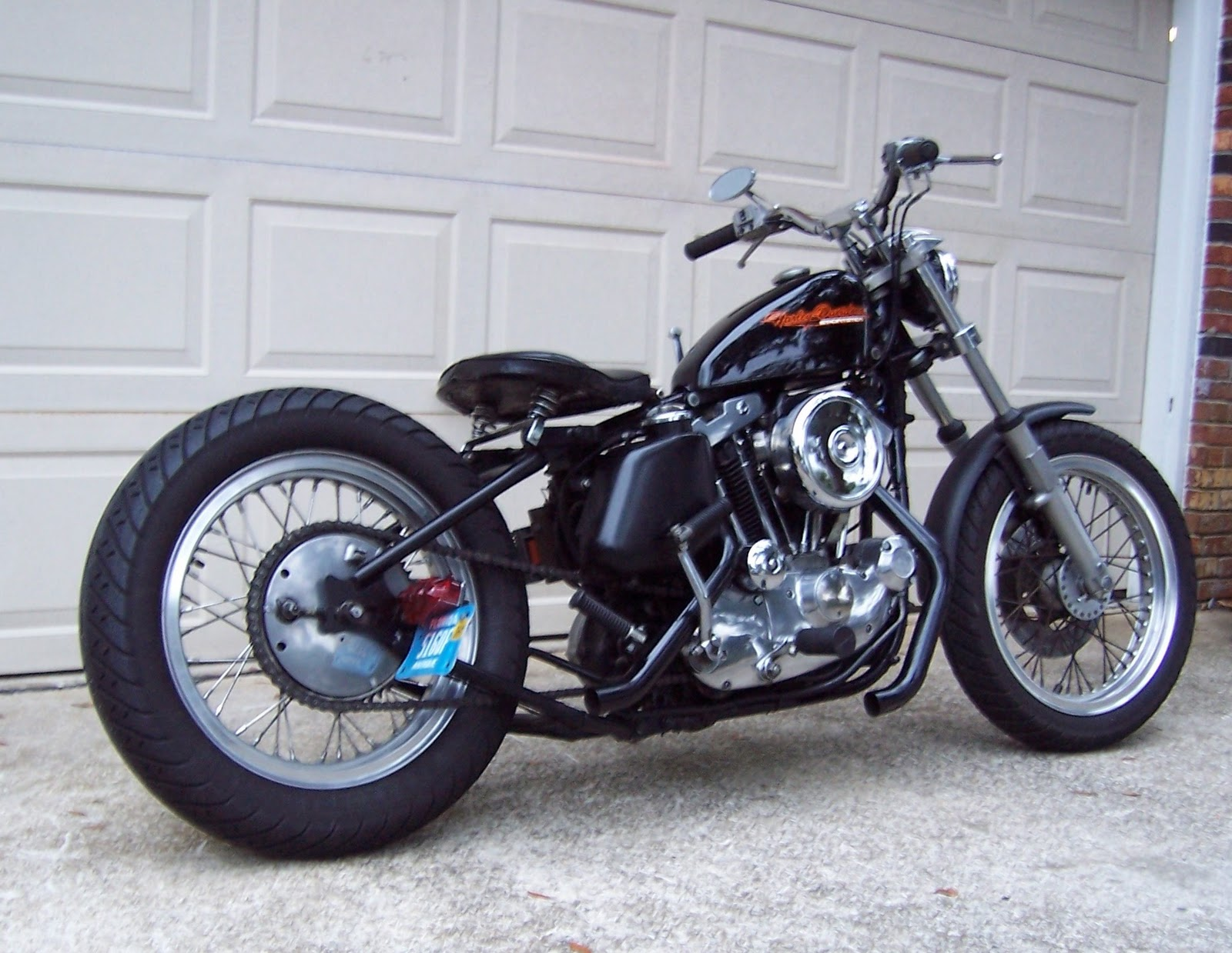 Ironhead Sportsters Bobbers Harley Davidson Sporty 883 Cafe Racer This Custom Is The Work Of Italian Workshop Passion