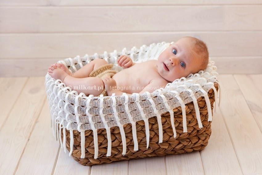 sesja zdjęciowa dziecka w poznaniu, fotografia niemowlaków, sesje niemowlęce, artystyczne zdjęcia dzieci