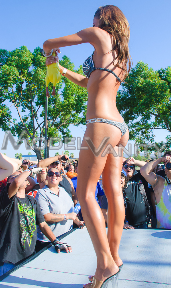 israeli girl nude beach