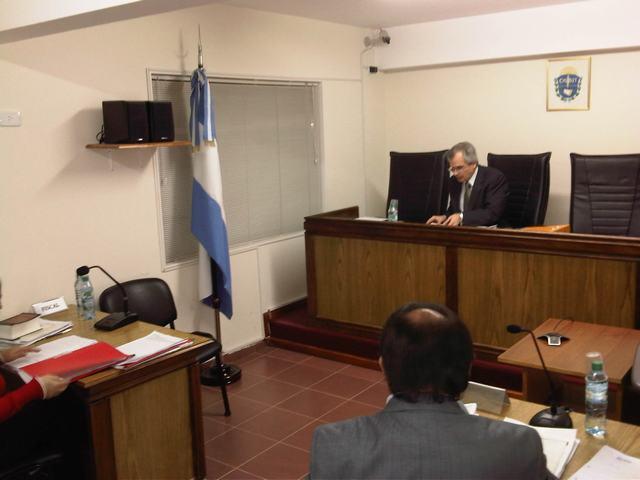 Oficina judicial sarmiento videoconferencia comodoro for Oficina judicial