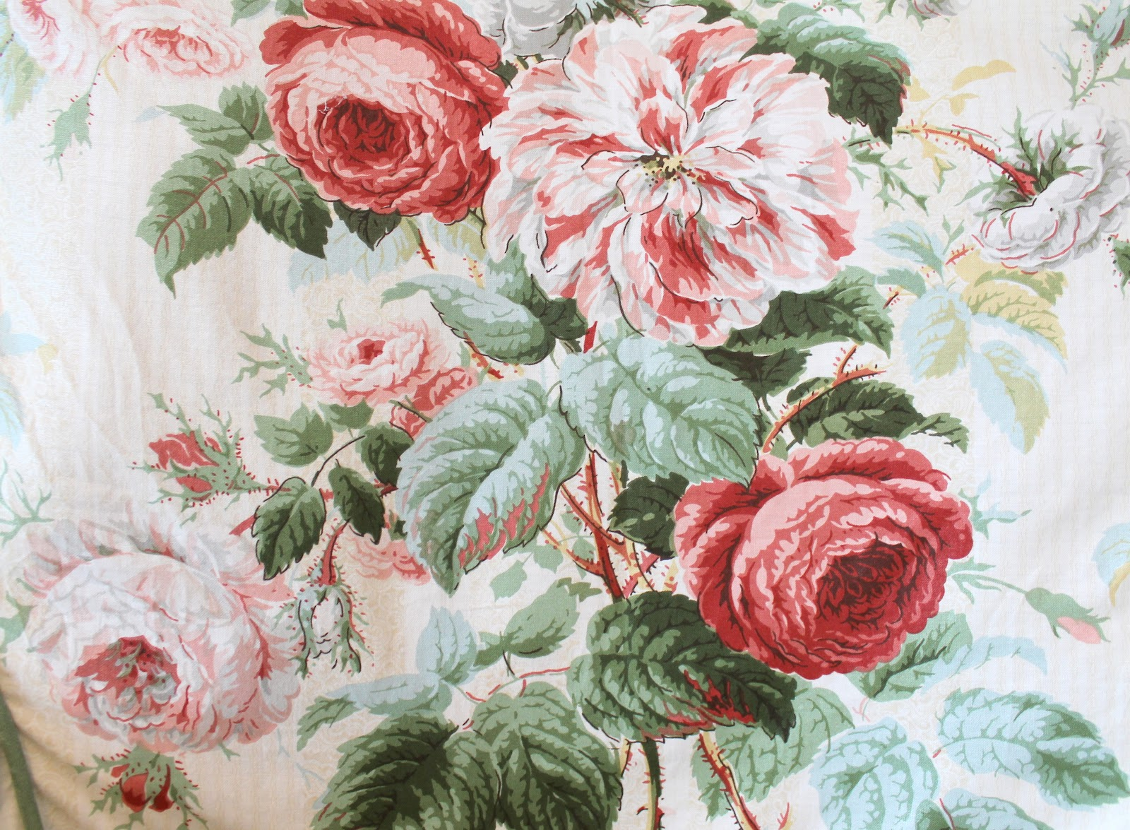 betsy speert 39 s blog cabbage roses and stuff. Black Bedroom Furniture Sets. Home Design Ideas